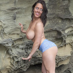DDD's At The Beach - Big Tits, Brunette Hair, Shaved, Beach Voyeur