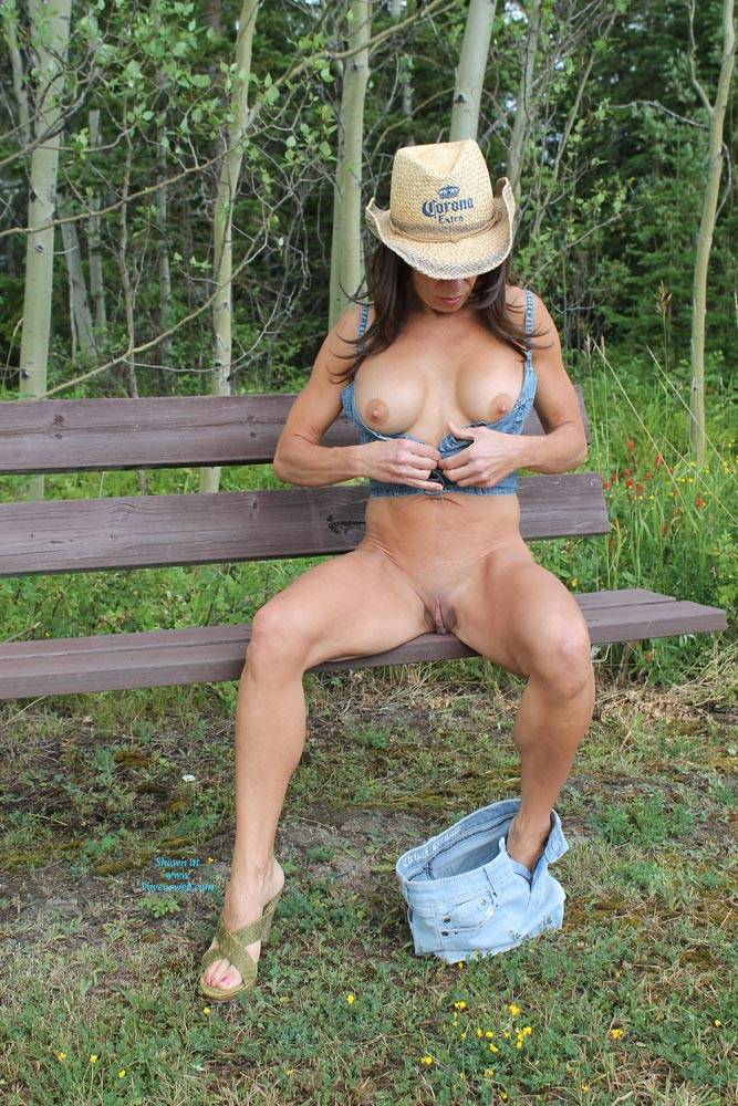 Pic #8 Stormy Day In The Field - Big Tits, Brunette, Nature, Shaved, Striptease