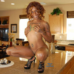 In The Kitchen - Ebony, High Heels Amateurs, Tattoos