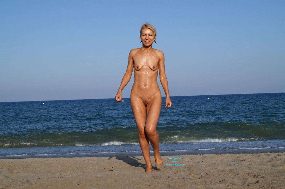 Pic #7 Spain - Blonde, Public Exhibitionist, Public Place, Shaved
