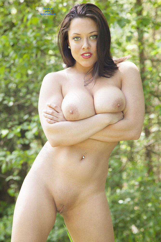 Pic #2 DDD's At The Park - Big Tits, Brunette, Nature, Shaved