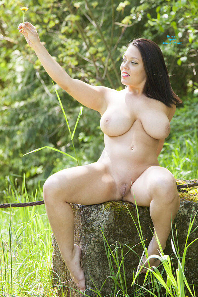 Pic #8 DDD's At The Park - Big Tits, Brunette, Nature, Shaved