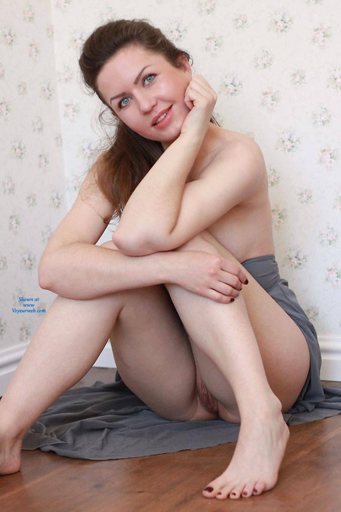 Pic #2 Nicole - Big Tits, Shaved