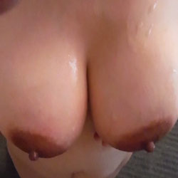 Tempting Big Tits - Big Tits, Erect Nipples, Firm Tits, Hard Nipple, Huge Tits, Large Breasts, Nipples, Perfect Tits, Showing Tits, Sexy Boobs