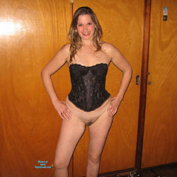 Laury - Lingerie, Bush Or Hairy