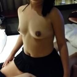 Small tits of my wife - Jeslyn
