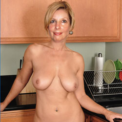 Kitchen Fun - Blonde