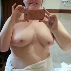 Selfies Of BBW Wife - Big Tits, Wife/Wives, BBW