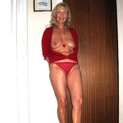 Red Shoes - Big Tits, Blonde, Masturbation, Toys, High Heels Amateurs