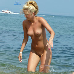 Cute Blonde - Big Tits, Blonde Hair, Beach Voyeur