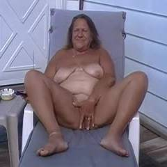 Juicy Enjoying Her...