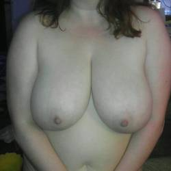 Very large tits of my wife - Bustywife77
