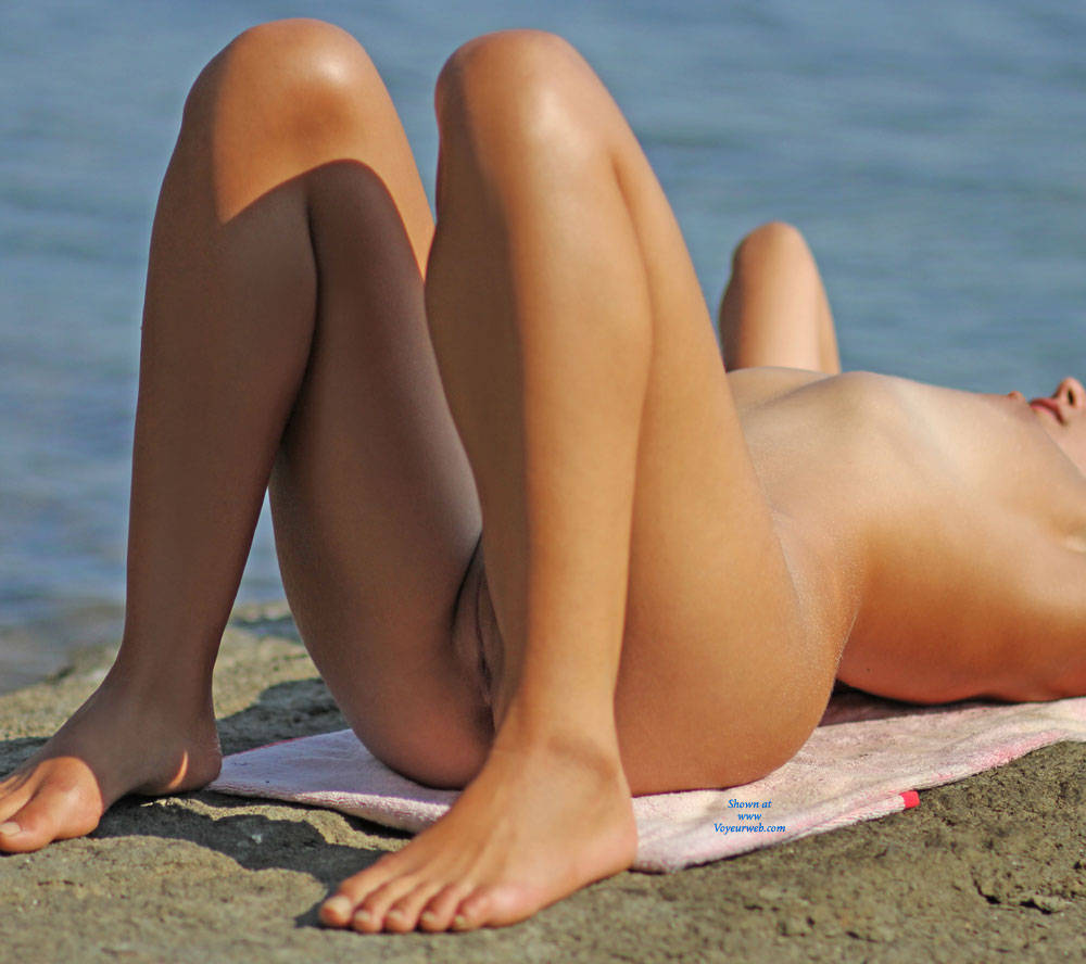 Pic #7 Yoga With Carmen - Beach, Brunette