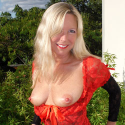 Rosa Returns In Red - Big Tits, Blonde Hair