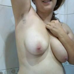 Large tits of my wife - Italian Baby