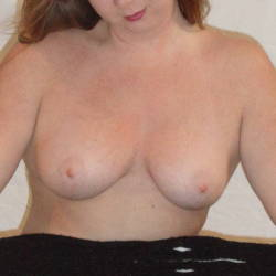 Medium tits of my wife - Redcarpet
