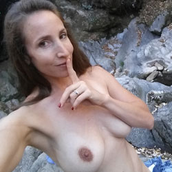 Marie...Sexy Selfies - Big Tits, Brunette