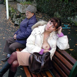 Avec un Papi, le Pauvre !!!!! - Big Tits, Flashing, Public Exhibitionist, Public Place