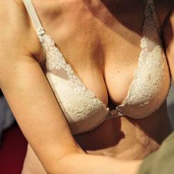 Kein - Big Tits, Bush Or Hairy
