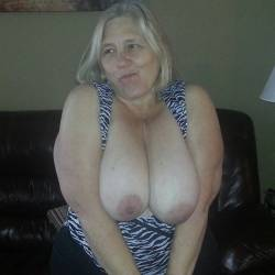Very large tits of my wife - sweetsandy