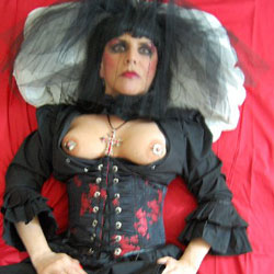 Vampire - Big Tits, Costume