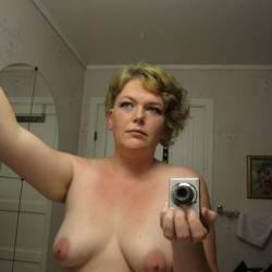 My medium tits - Linda