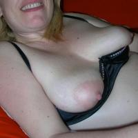 My medium tits - Ginger777