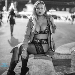 Frivolous Pictures In Zurich - Big Tits, Flashing, Public Exhibitionist, Public Place