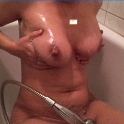 Shower - Big Tits