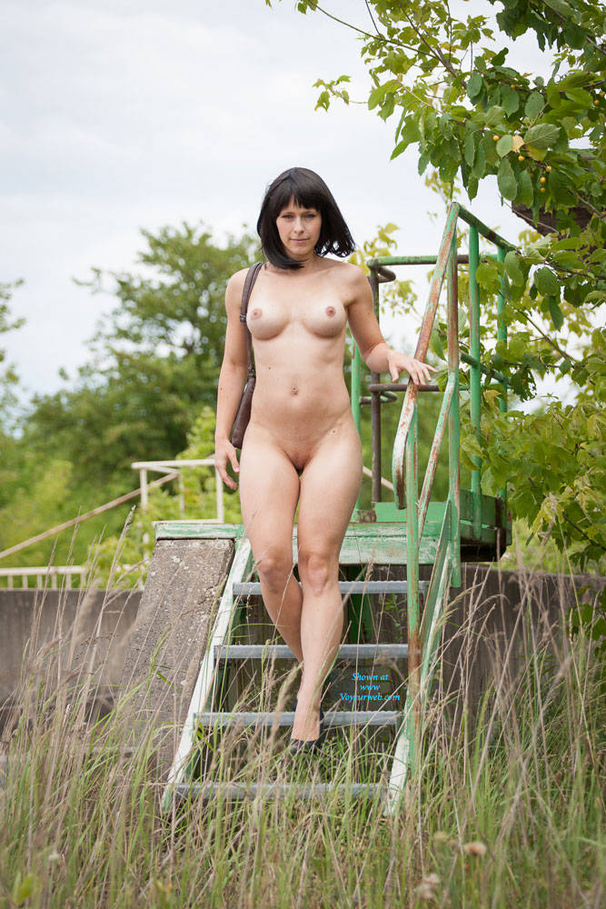 In nature naked Moms