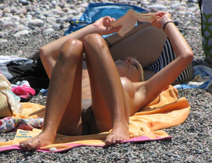 Pic #4 Flashback In Corsica - Beach