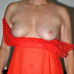 Sara Wearing Red - Big Tits, Shaved