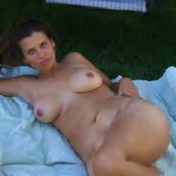 My large tits - backyardgirl