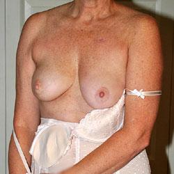 Sara In White - Big Tits, Lingerie