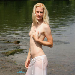 Topless Blonde Walking In The River - Blonde Hair, Exposed In Public, Firm Tits, Nipples, Nude In Nature, Nude In Public, Showing Tits, Small Breasts, Small Tits, Topless Girl, Topless, Hot Girl, Sexy Body, Sexy Face, Sexy Figure, Sexy Girl, Sexy Woman