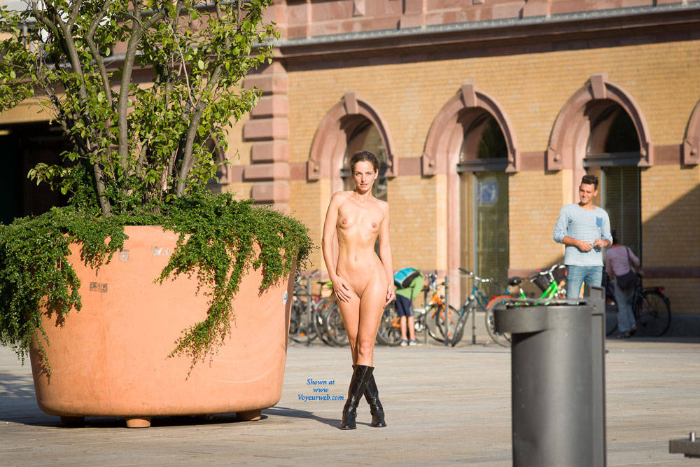 Train Station - Brunette Hair, Exposed In Public, Nude In Public, Shaved , Rapunzel Enjoying Some Passers In Front Of A Train Station.