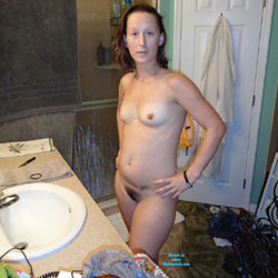 Chassidy Showering - Bush Or Hairy