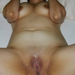 Medium tits of my wife - Maritza