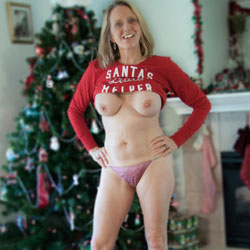 Santa's Nude Helper - Big Tits, Blonde Hair, Boots, Firm Tits, Flashing Tits, Flashing, Huge Tits, Indoors, Large Breasts, Perfect Tits, Showing Tits, Hot Girl, Sexy Body, Sexy Face, Sexy Figure, Sexy Legs, Sexy Panties