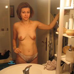 French Friend Amateur Sexy Exhib - European And/or Ethnic