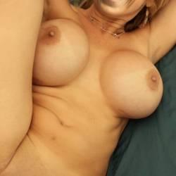 Large tits of my girlfriend - hanni