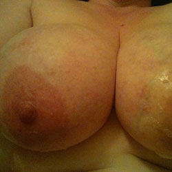 Bath Nipples - Big Tits, Wife/Wives