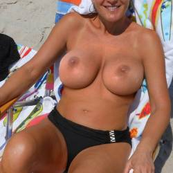 Large tits of my ex-girlfriend - Lizzy