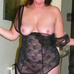 Medium tits of my wife - Elly