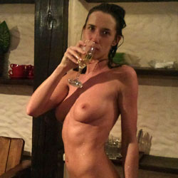 Sauna - Big Tits, Brunette