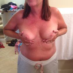 Medium tits of my wife - hot texas wife