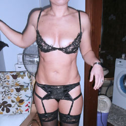 In Black For My Man - High Heels Amateurs, Lingerie