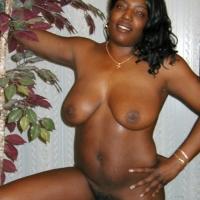 Medium tits of my room mate - Michelle69