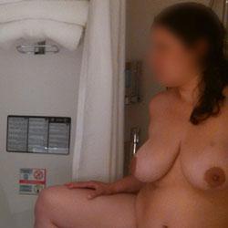 Mirror View - Big Tits