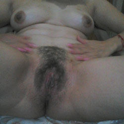 Tarde Calientita - Big Tits, Bush Or Hairy